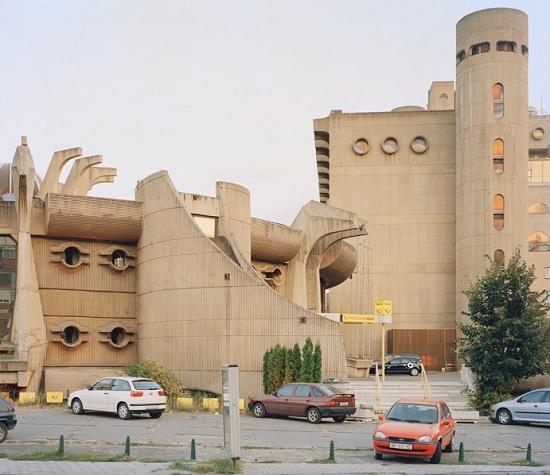 Skopje-galleryV9-uevi