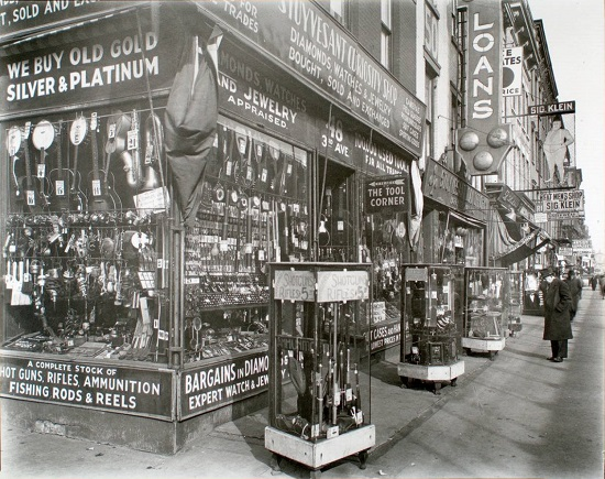 Pawn-Shop-48-Third-Avenue-Manhattan-1277x1024