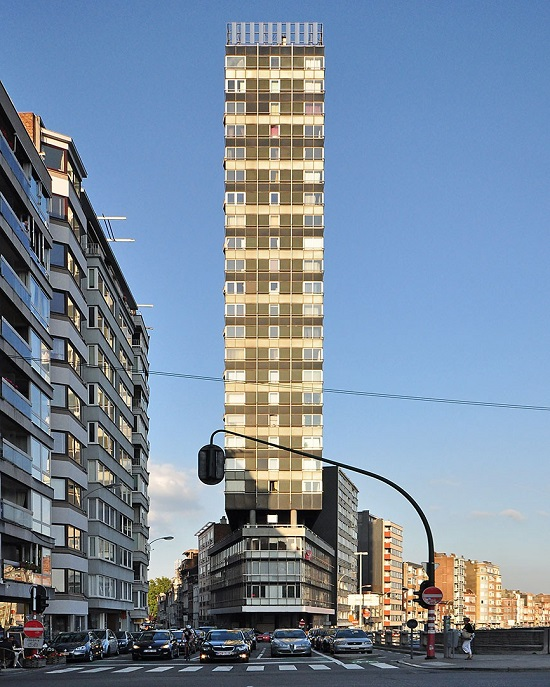 Thin skyscraper, Liège, Belgium, 2011