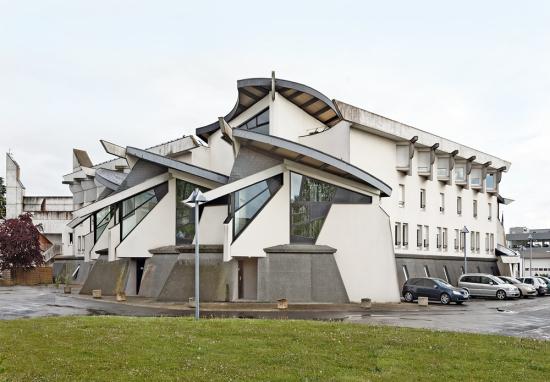Eric-tabuchi_architecture_Brutalism_FranceAtlas-of-forms_05