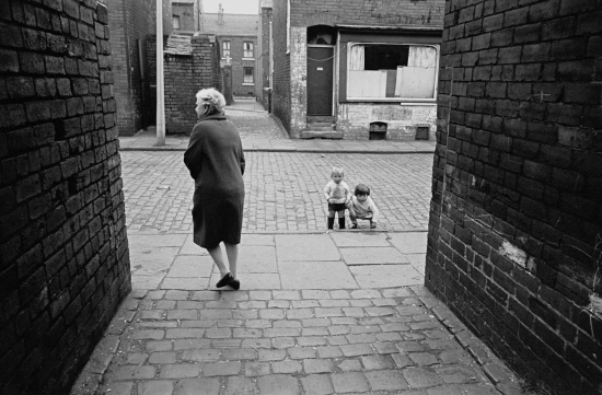 Hedges-Alleyway-Leeds-back-to-back-housing-1970-223-28-1280x839