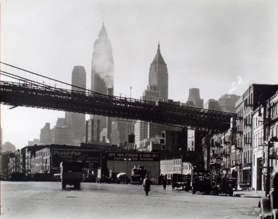 Abbott-Waterfront-South-Street-Manhattan-Berenice-Abbott-1935