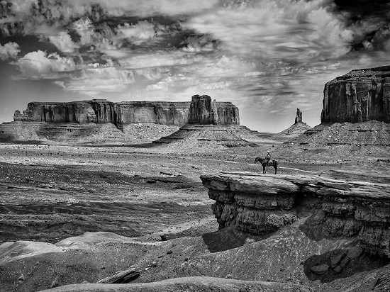 Cowboy-monument-valley