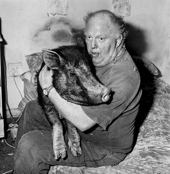 Ballen-Brian-with-pet-pig-1998