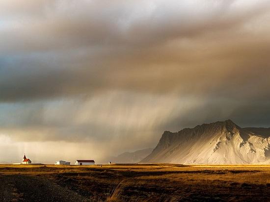Iceland-roadside