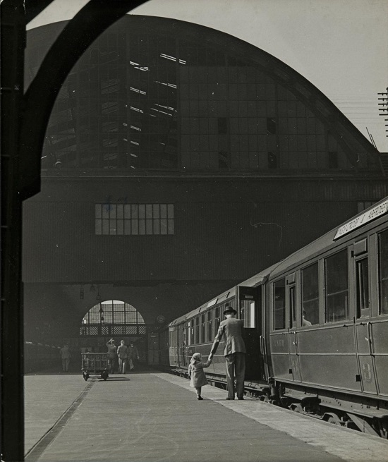 King's cross, 1941