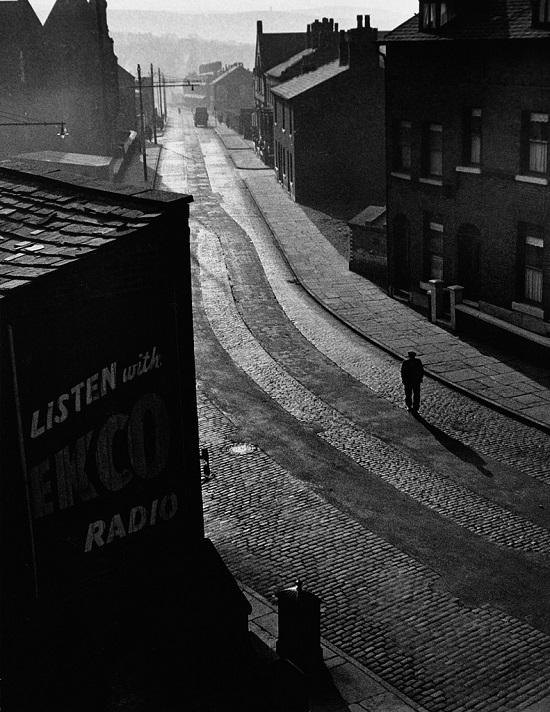 Oldham-sunday-morning-1946