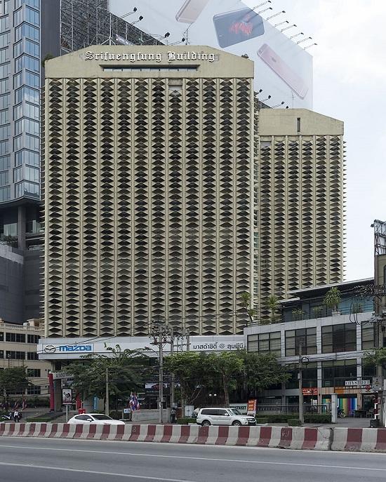 Srifuengfung building, Bangkok, Thailand, 2015