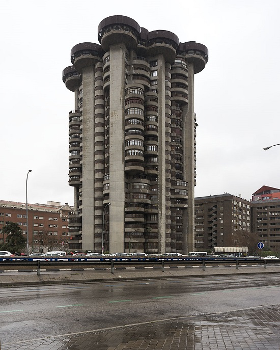 Edificio Torres Blancas, Madrid, Spain, 2016.
