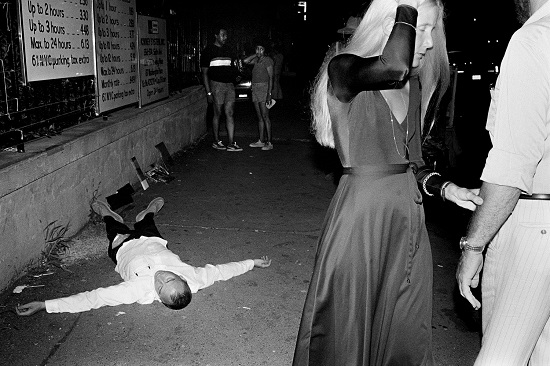 99-DeadDrunk_PhotoIstanbul