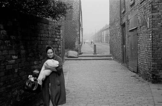 Hedges-A-Liverpool-8-alleyway-encounter-1970-284-3-1280x837