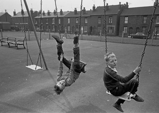 Hedges-Sheffield-playground-1969-37-16a-1280x910