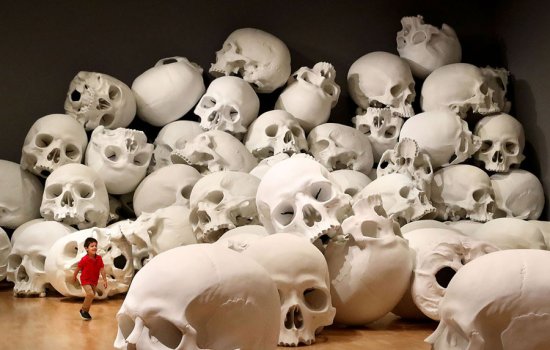 Ron-mueck-skulls