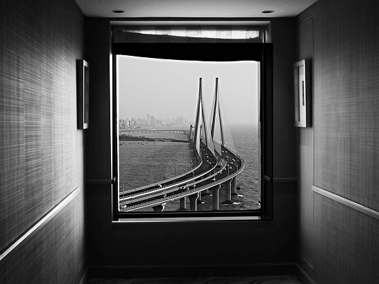 Bandra-taj-window