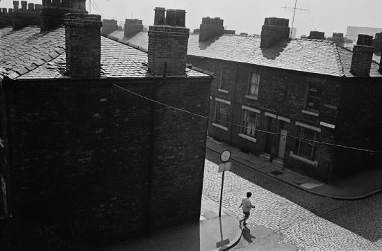 Hedges-Street-scene-Salford-2-1970-168-33-1280x839