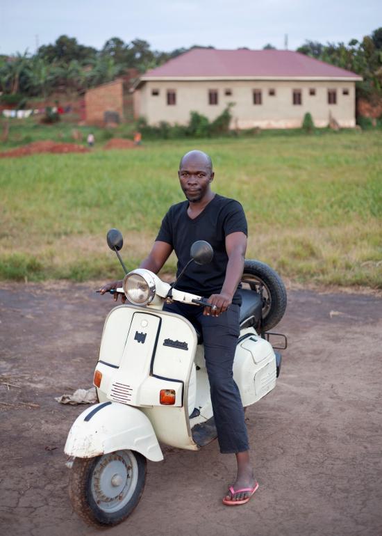 Uganda-vespa3