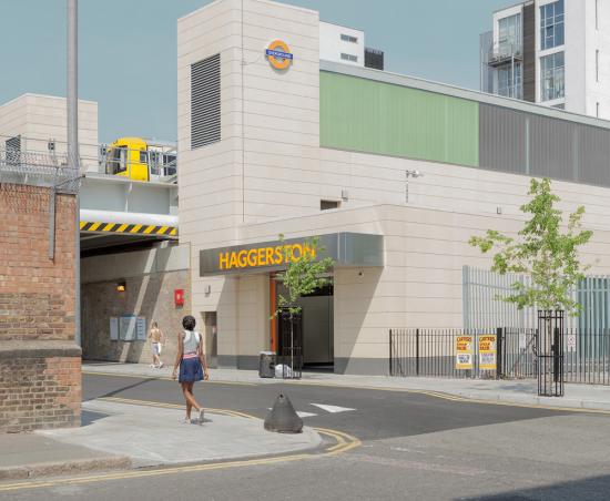 Dorley-brown-haggerston-station-2011