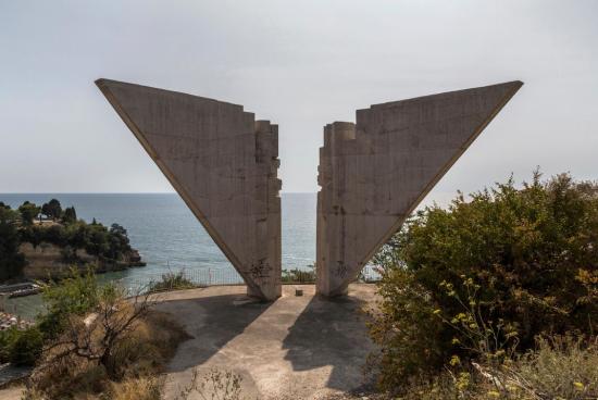 Spomenik9