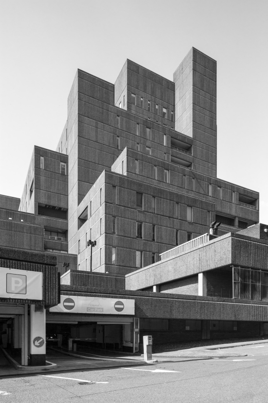 Simon_phipps_royal_insurance_building_03