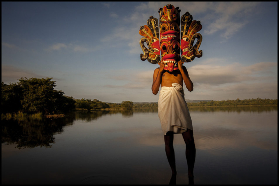 Rainier-Naga-Raksha-Mask-Central-Sri-Lanka-954x636