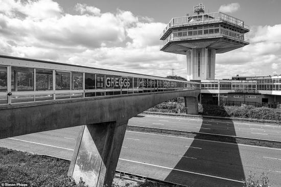 Brutal-north-Forton-Services-M6