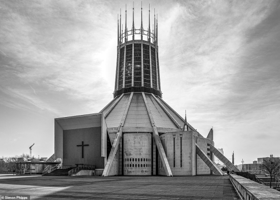 Brutal-north-Liverpool_Metropolitan_Cathedral