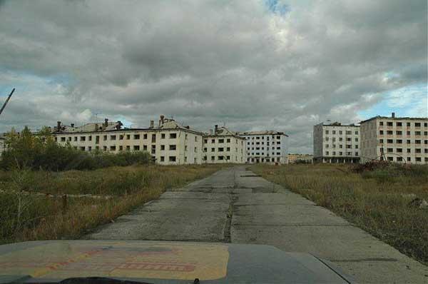 Abandonedsovietsettlement7